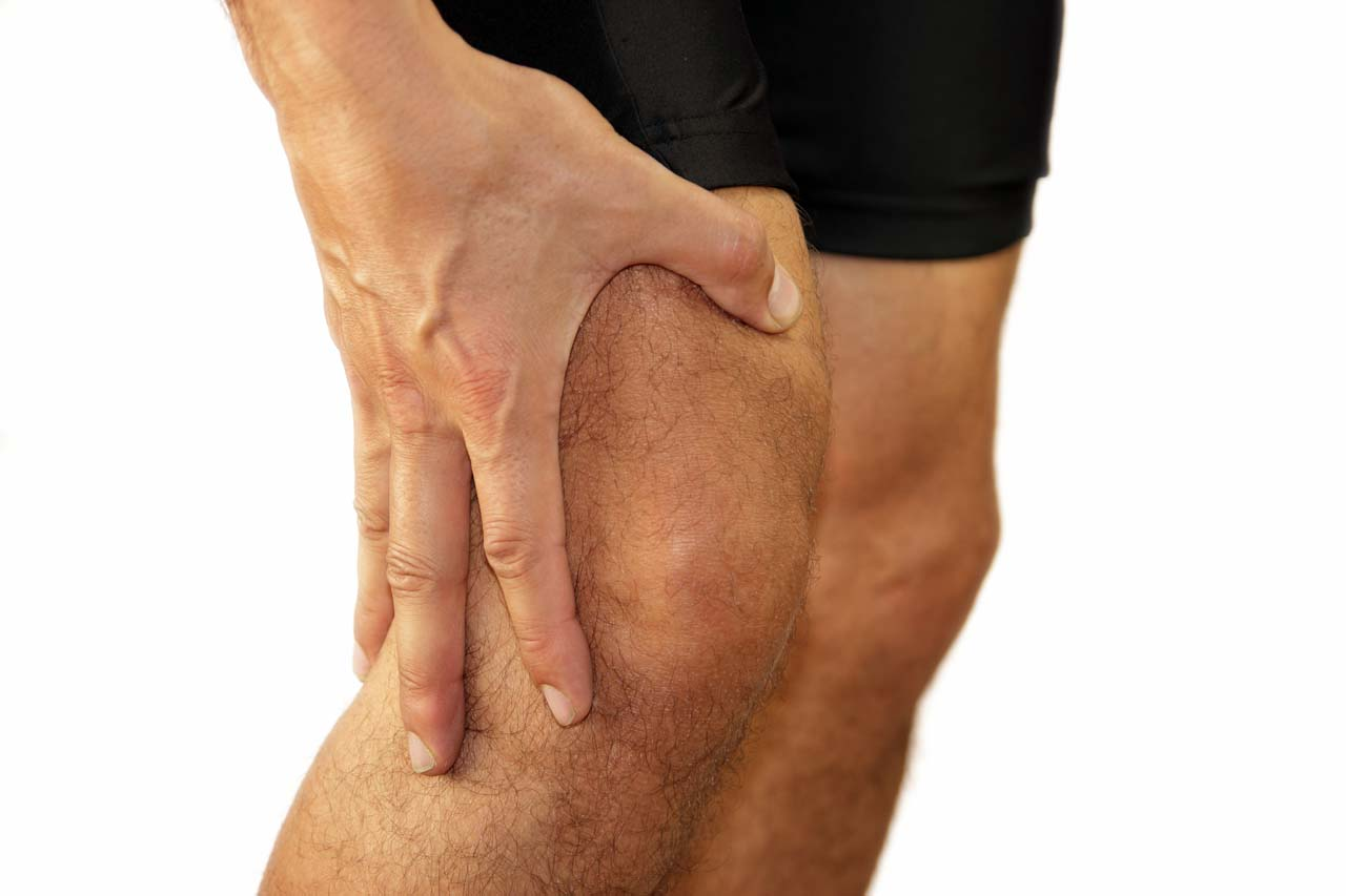 Massage offers knee pain relief by reducing tightness in the muscles that are connected to the iliotibial band.